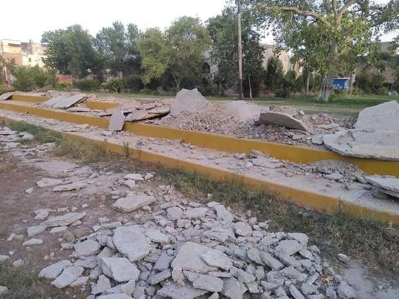 شہر کی واحد قدیمی تفریح گاہ کمپنی باغ تزئین و آرائش کے نام پر تباہ سابق کمشنر نسیم صادق کے تبدیل ہوتے ہی پارک کا کام روک دیا گیا